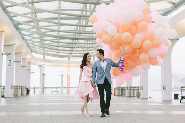 FrenchGrey-Hongkong-Jomanwedding-Noelchuatelier-AngelicaFleurs-Central-cafe-pier-engagement-021