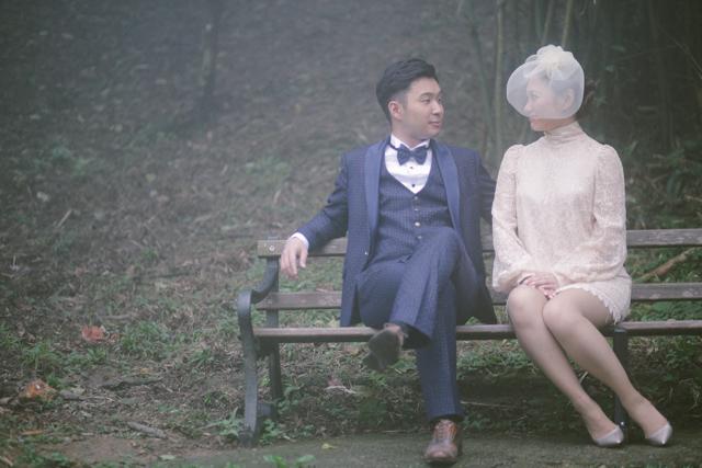hughshue-perfectproposal-hongkong-peakgarden-engagement-aliceinwonderland-vintage-foggy-036